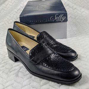 Selby size 8 3A/5A extra narrow NIB leather loafer